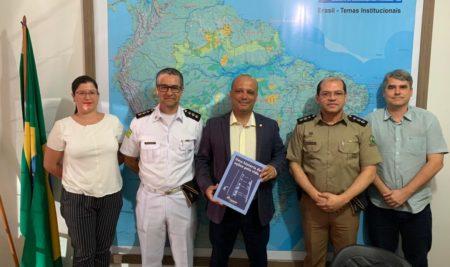 Fundação Tiradentes e Faculdade da Polícia Militar se reúnem com o Deputado Federal Major Vitor Hugo em Goiânia